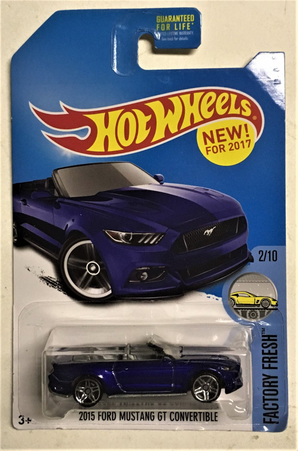 2017 Hot Wheels #104 2015 Ford Mustang GT Convertible