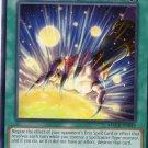 Yugioh Card - Maximum Crisis - MACR-EC049 - Magician's Right Hand