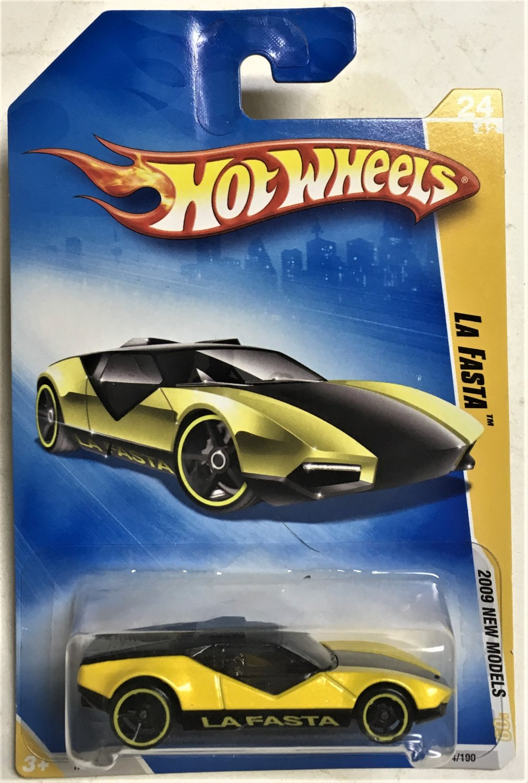 2009 Hot Wheels #24 La Fasta YELLOW