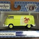 M2 Machines Wal Mart #TS11-18-22 1960 VW Delivery Van USA Model