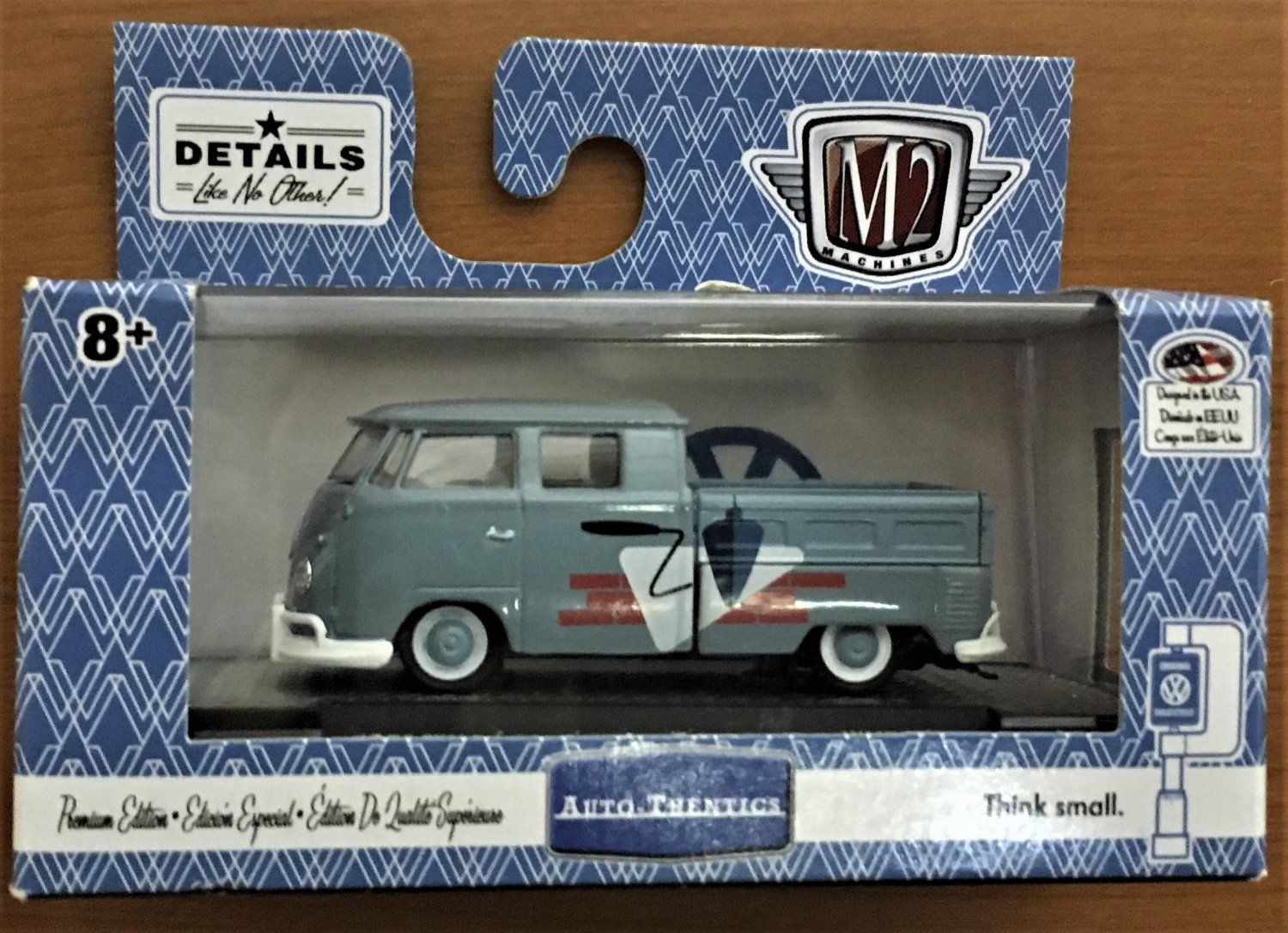 M2 Machines Wal Mart #TS11-18-26 1959 VW Double Cab Truck USA Model