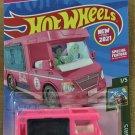 2021 Hot Wheels #21 Barbie Dream Camper