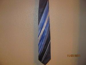 Grand Jour Hand Made Silk Tie  Stunning!