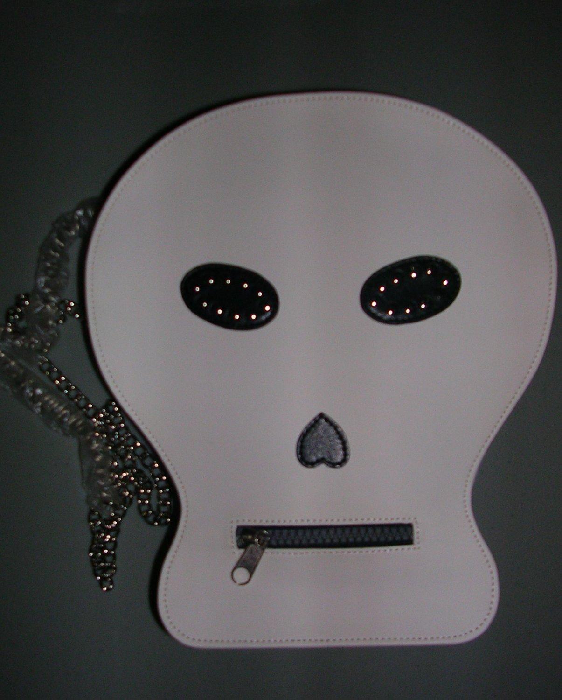 Skull/Pirate Ladies Purse, Price Includes S&H
