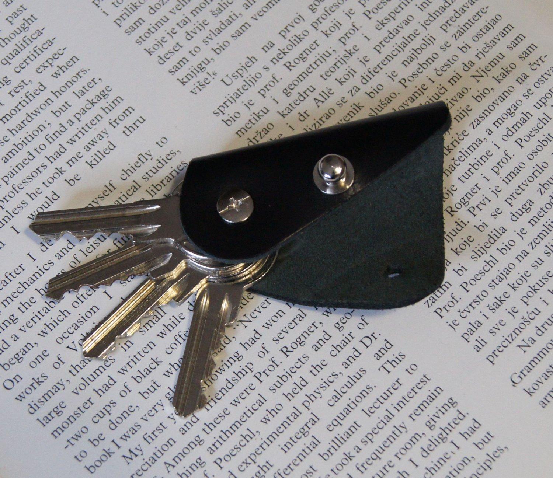 Leather keychain, key holder, holds 1- 4 regular keys