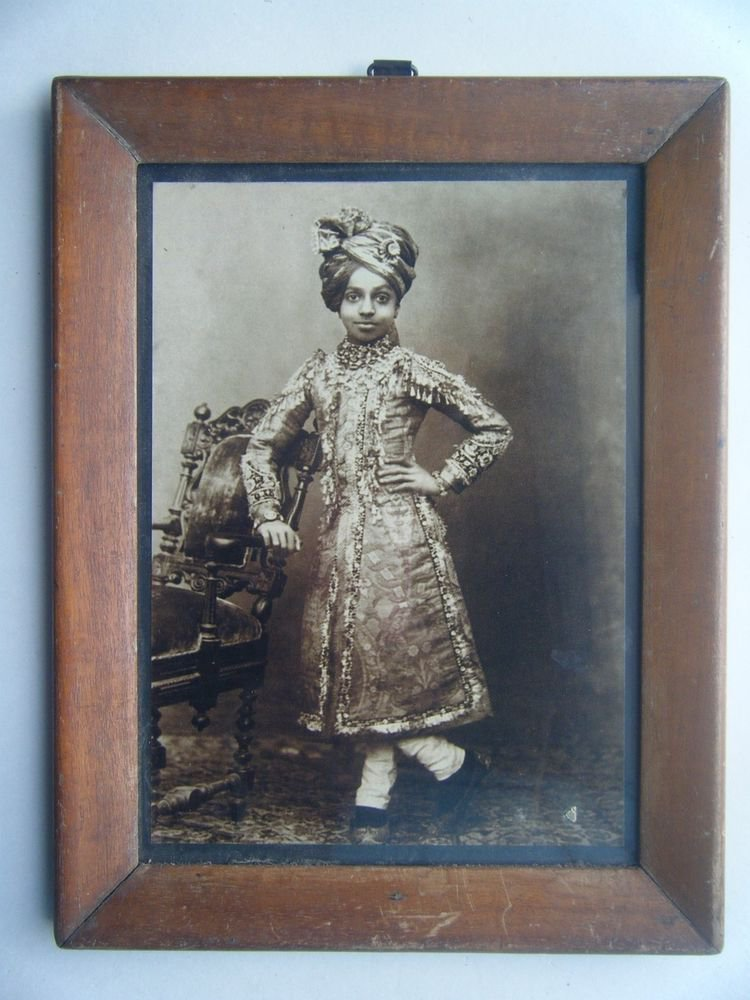 Indian Maharaja King Rare Photograph, Vintage Photo in Old Wooden Frame #2719
