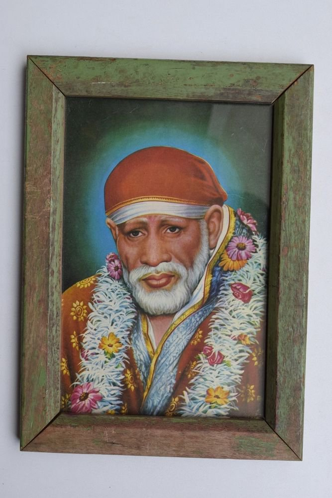 Sai Baba Collectible Rare Old Religious Print in Old Wooden Frame India #3263