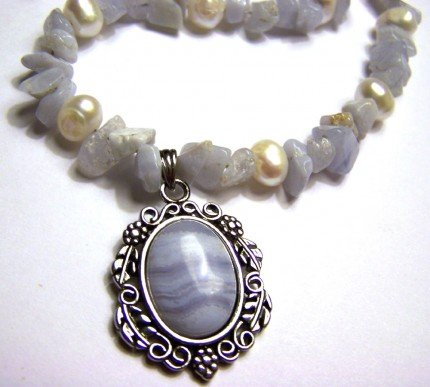 Blue Agate Chips and Freshwater Pearls Necklace