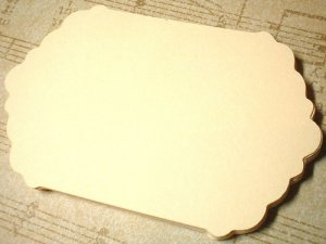 100 Cream Scalloped Labels/tags