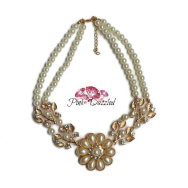 Pearl and Crystal Flower Pendant Fashion Necklace
