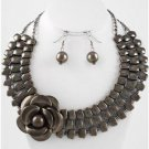 Chunky Silver Tone Acrylic Flower Earring Necklace Set Fashion Costume Jewelry