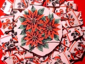 100 Poinsettia Pinecones Lot 4 Mosaic Tiles
