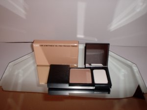 Flirt! Love & Matteness Oil-free Pressed Powder, .31oz / 9g