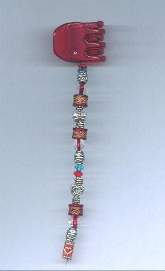Red hand beaded hair clip