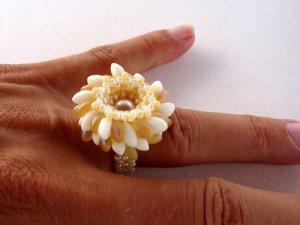 Handmade Beaded Magatama Ring