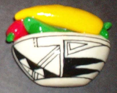 Handpainted Chile Indian Pot, Black & White