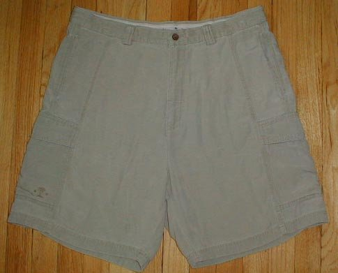 TOMMY BAHAMA Relax Tencel Cargo Shorts Mens Sz 36 with LOGO --MAKE AN OFFER!!