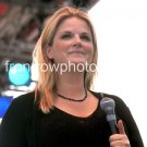 """Tricia Yearwood Color 8""""x10"""" Concert Photo"""
