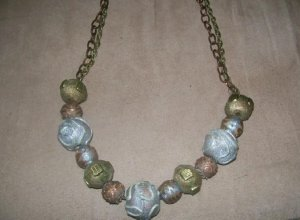 Metal Bauble Necklace