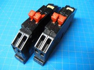 Set Of TWO 20 AMP Zinsco 2 Pole Breakers Type R-38