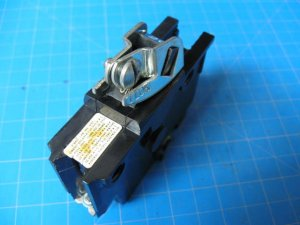 """20 Amp with Lock Federal Pacific Single Pole 1"""" Wide Breaker FPE Bolt On"""
