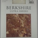 Berkshire Ultra Sheers Control Top Reinforced Toe Pantyhose- 4419- IVORY- SIZE 4