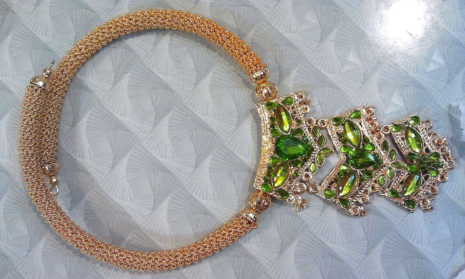 Luxury Fantasy Handicraft Green Necklace