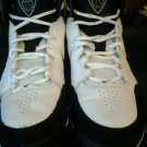 Nike dream v cutr for boys size 9. U. S. A BLACK & WHITE