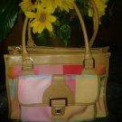 Lizclaiborne. V pretty handbag 4 women