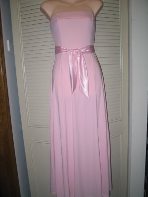 Juniors Strapless Dress for Prom, Bridesmaids or Party.  Size Large