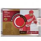 Steve Yzerman 2000-01 UD Milestones NHL Legends Jersey #M-SY Red Wings