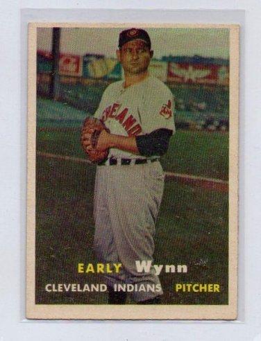 Early Wynn 1957 Topps #40  HOF Cleveland Indians