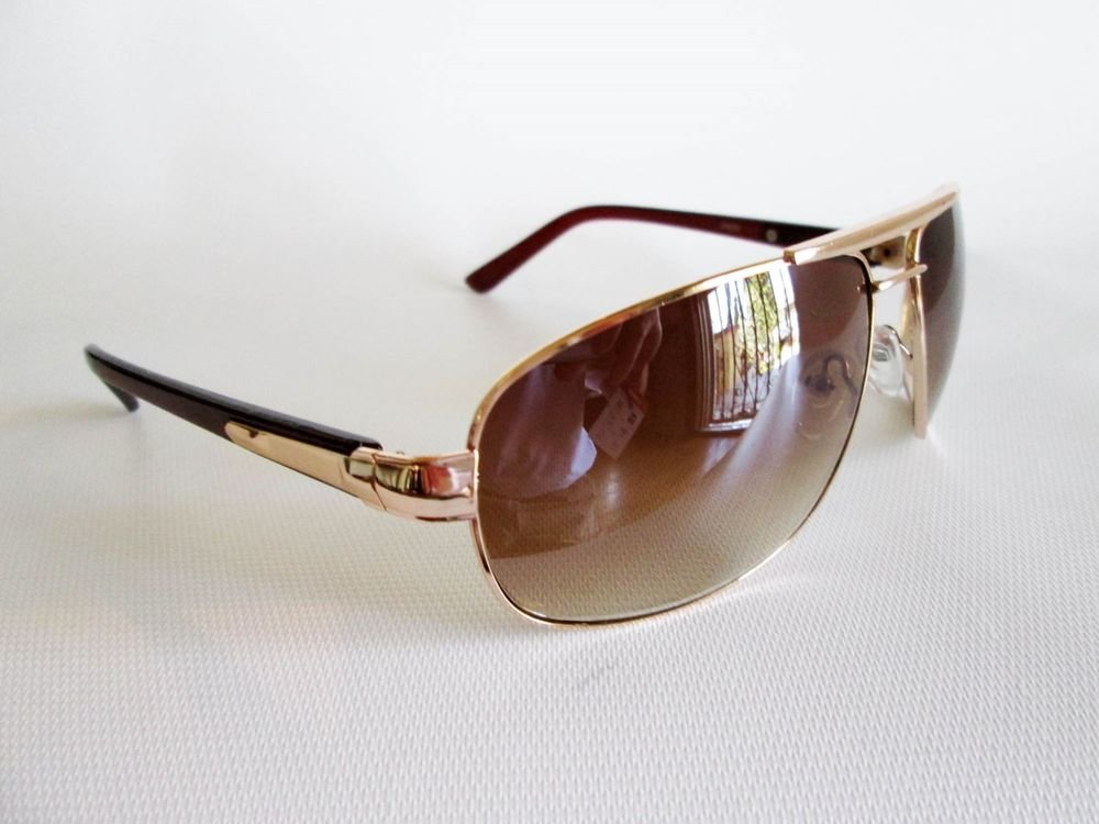 Good Brown Lens Men's Aviator Sunglasses With Gold Metal and Plastic Frames