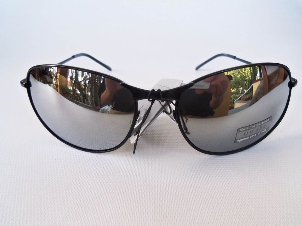 Brand New Low Cost Good Men's Sunglasses With Mirror Lens and Black Metal Frame