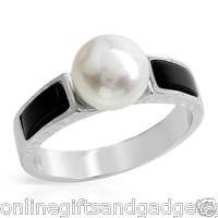 Stylish Brand New Ring With Precious Stones - Genuine Onyx AND Pearl