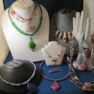 NICE NECKLACE LOT - GEMSTONE, AGATE, JADE, SHELL & MORE