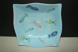 ADORABLE FISH THEMED SERVING  BOWL - MAIN COLOR BLUE