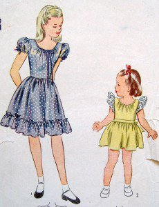 Vintage 1269 Little Girls Dress Pattern sz 10 - 1944