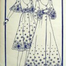 Vintage Woman's Weekly Dress Pattern sz 14 Bust 36 UNCUT - Border Fabric Design
