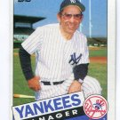 Manager Coach YOGI BERRA 1985 Topps #155 New York NY Yankees HOF