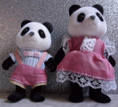 Calico Critters panda mom and baby flocked bears