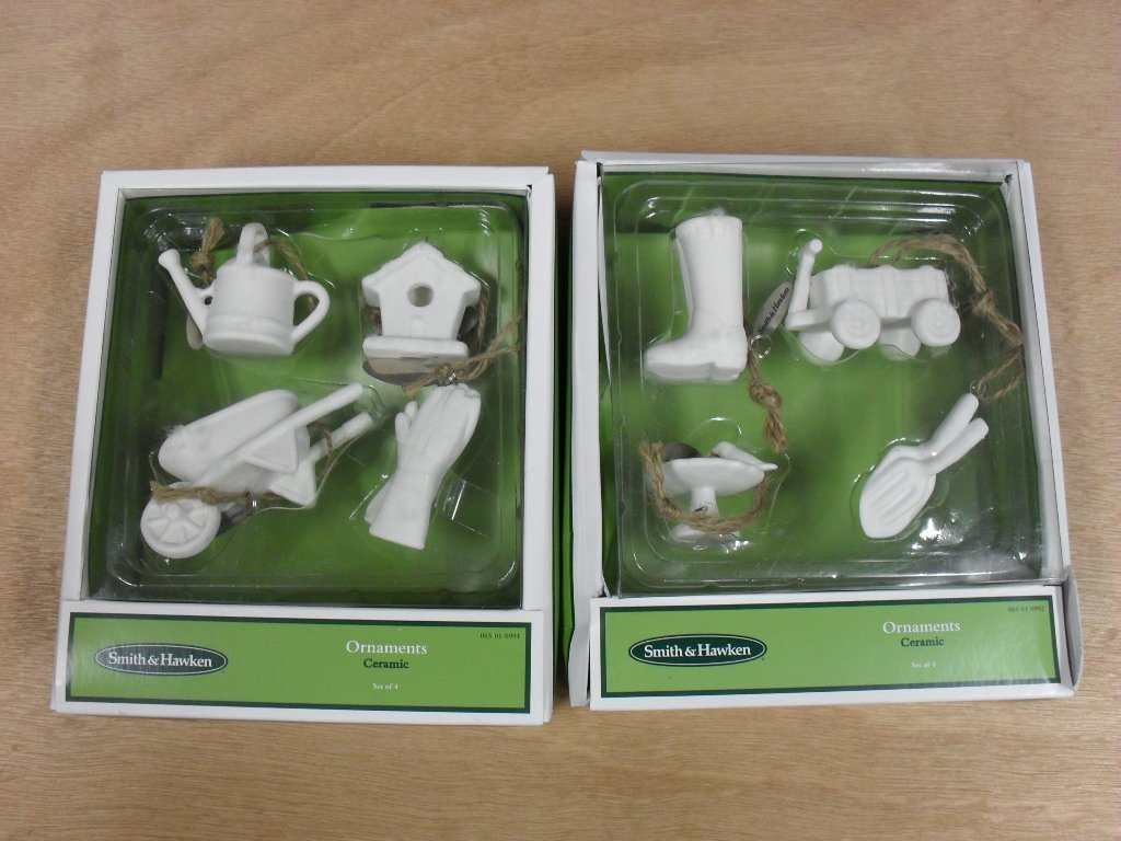 Smith & Hawken White Garden Ornaments Gift Set