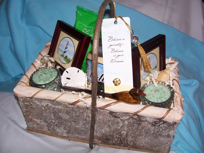 Seaside Resort Gift Basket - GSsrb