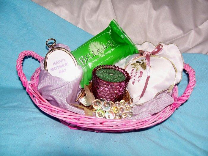 Pretty & Pink Gift Basket  - GSppb