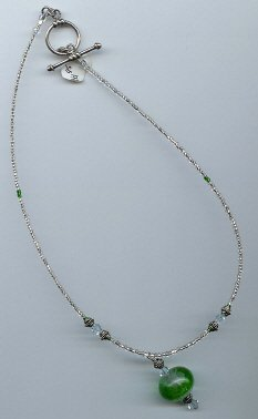 Green & Clear Glow Bead Necklace - EAgcn