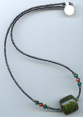 Large Green Glow Bead Necklace - EAggn