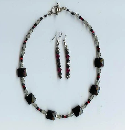Black Quartz Necklace & Earring Set - EAnes