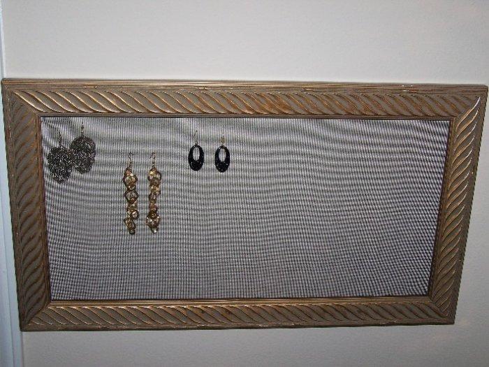 Golden Earring Frame - EFgo