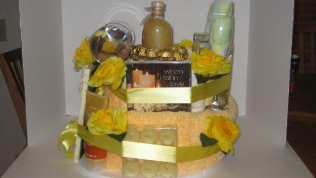 Bridal Bath Towel Cake  - THbb