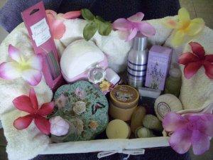 Floral Gift Basket - TSfl